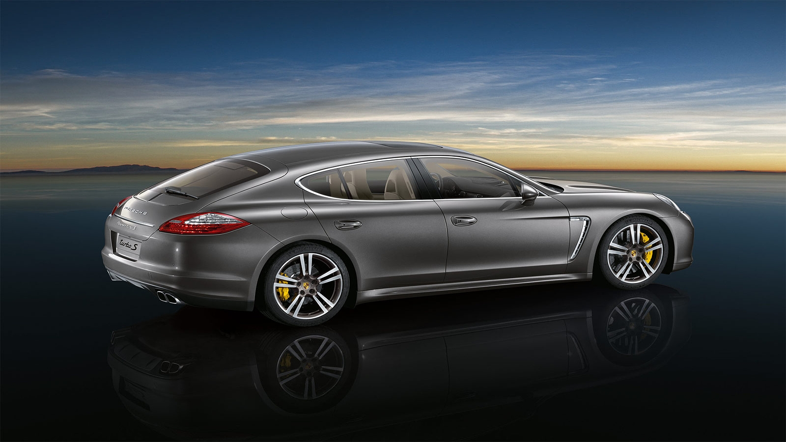 Porsche Panamera Turbo 4wd In Munich Hire Car Rental Pd